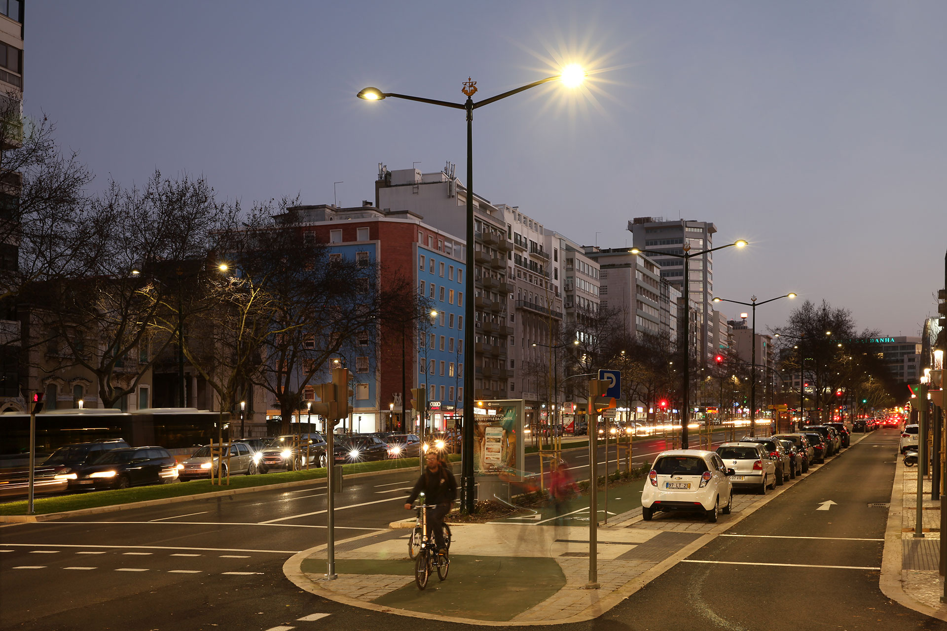 Scala LED lights the main avenues of Lisbon to create a safer and more comfortable experience